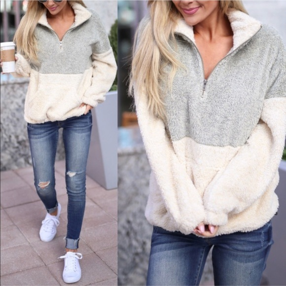 bf17cd5718e ✨MUST HAVE✨ Softest Fuzzy Sweater
